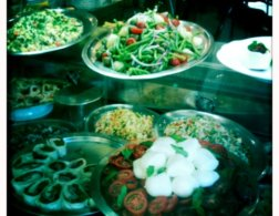 Live to eat - food tastes better in Italy