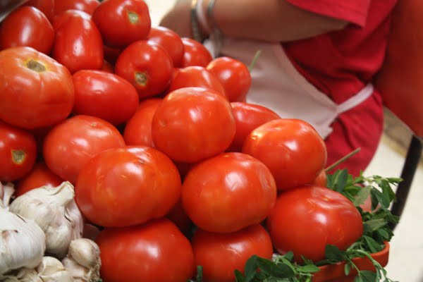 tomato red Mercado Mexicano