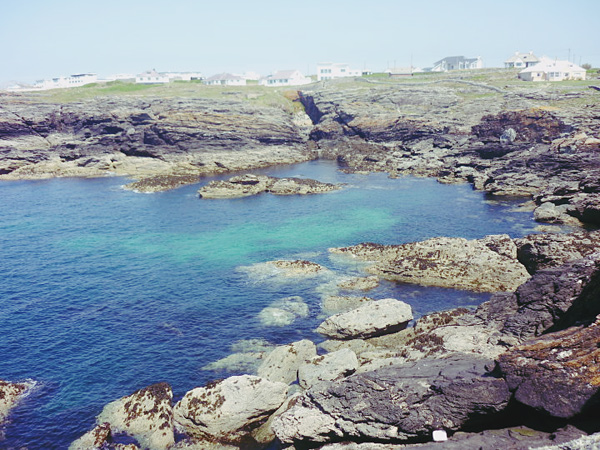cliffs Guest post by Michelle Belair: Beautiful Trearddur Bay