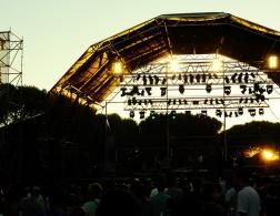 Music and beach life - Super Rock Super Bock Festival