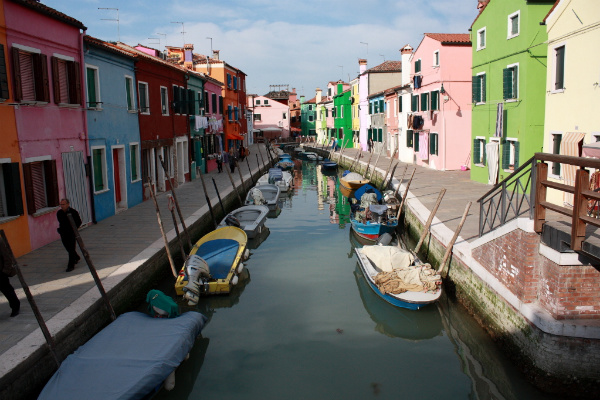 Island-hopping around Venice - Burano