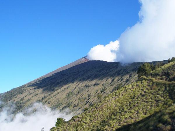 9 How to climb a volcano