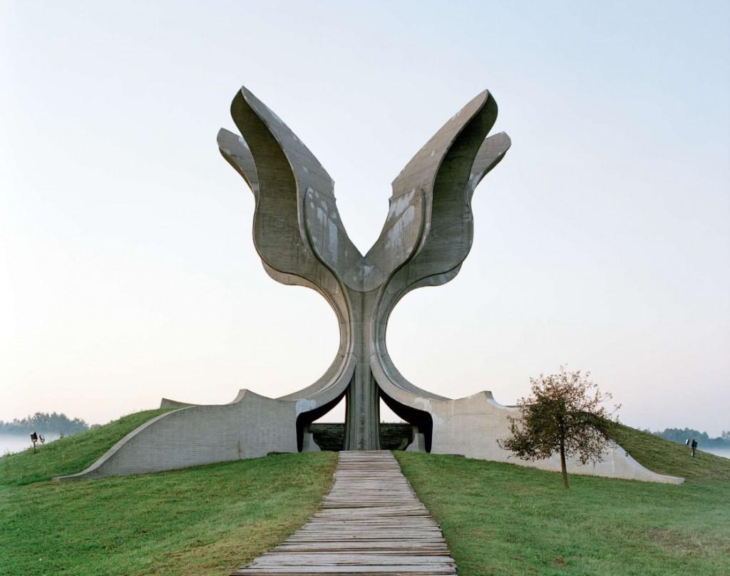 Spomenik 09 1024x808 Abandoned Futuristic Monuments from former Yugoslavia