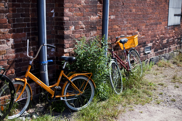 bring your bike from the mainland to suomenlinna Suomenlinna   island magic outside Helsinki