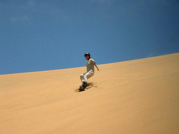 huaca 111 Sandboarding in the Desert