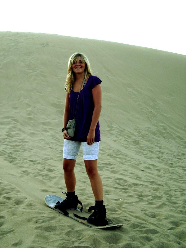 huca14 Sandboarding in the Desert