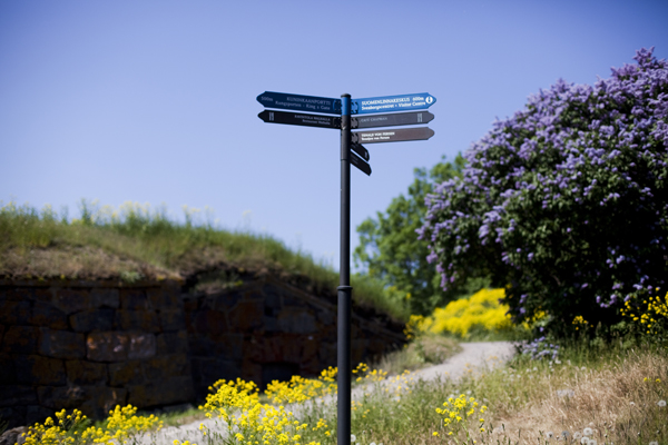 showing the way finland Suomenlinna   island magic outside Helsinki