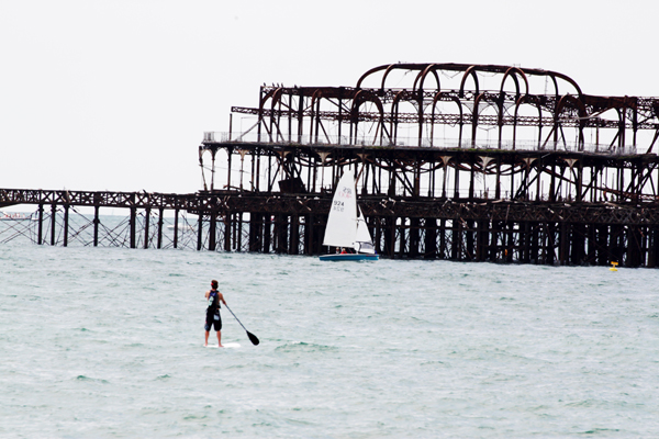 trav81 Paddle around the pier   Brightons biggest party