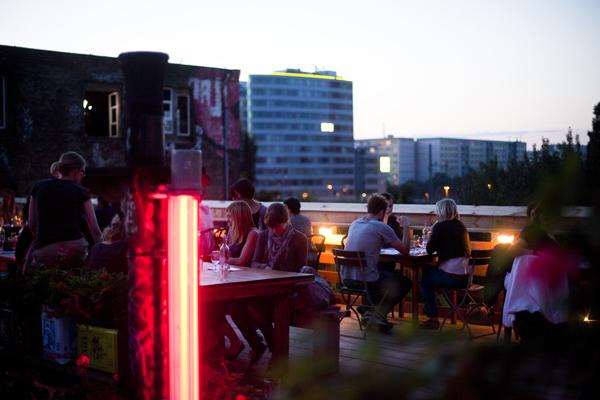 Kater Holzig Terrasse Kater Holzig   Berlins new Bar 25