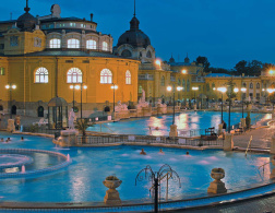 5 reasons to go to ..... Budapest