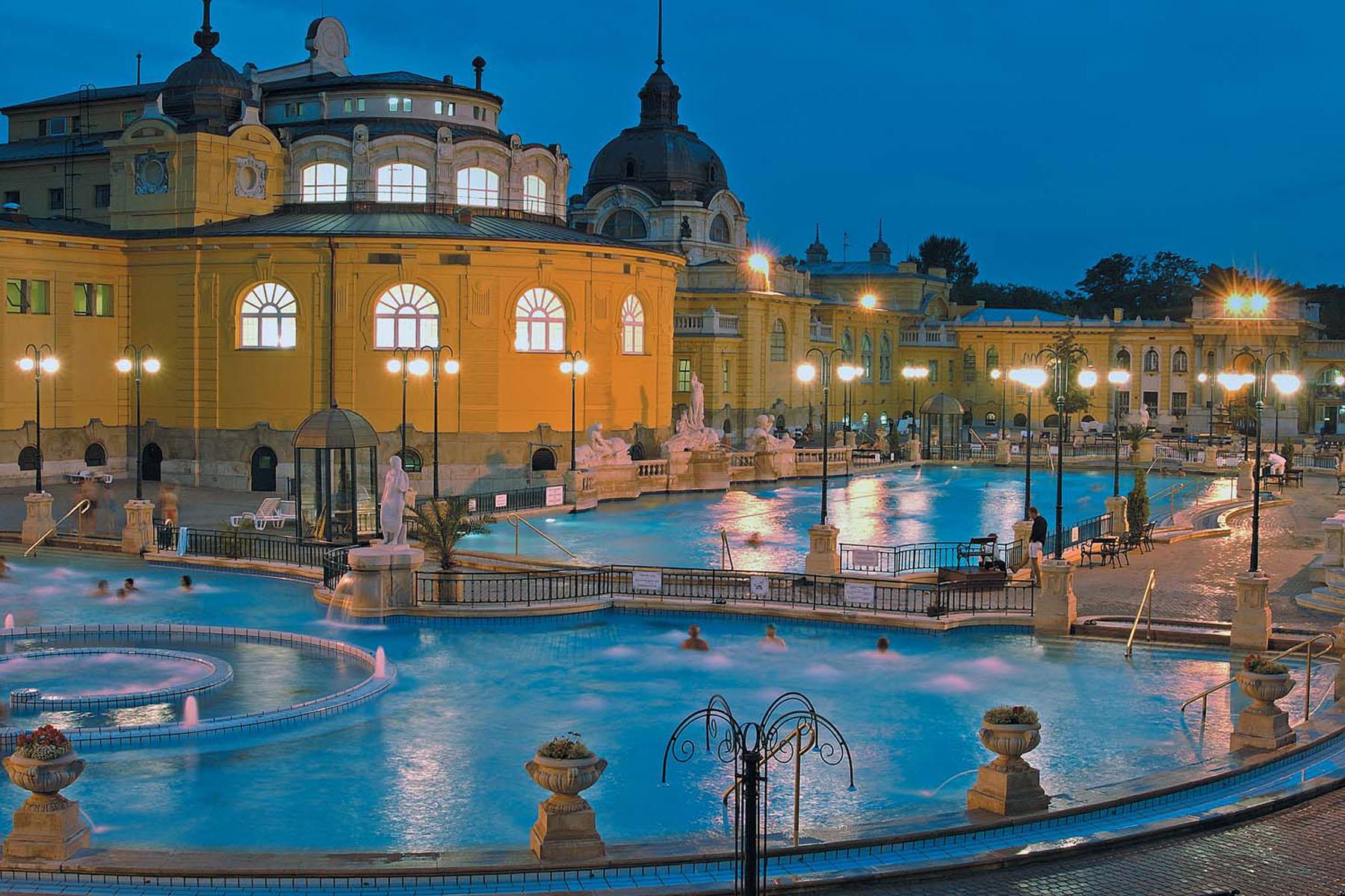 Szechenyi  5 reasons to go to ..... Budapest