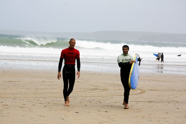 trav Mike Escape Newquay Surfing in England   Lessons from a Pro