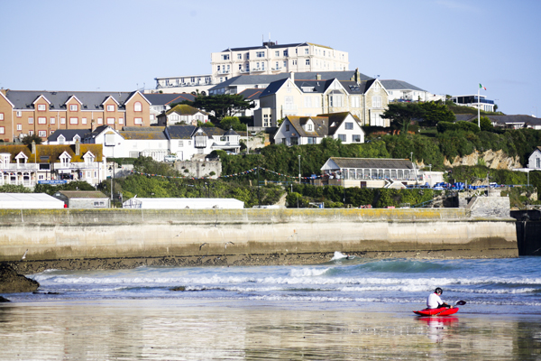 trav kayaking Newquay Surfing in England   Lessons from a Pro