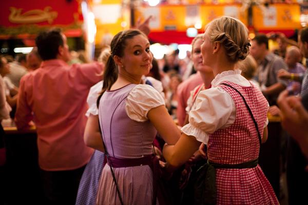 MG 7877 Oktoberfest 2011   Beers, Boys and Dirndls