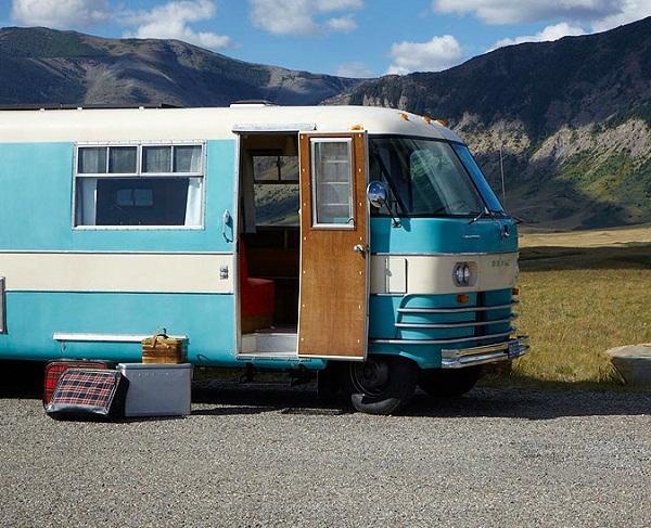 Vollbildaufzeichnung 22.10.2011 162337.bmp An Ode to the Camper Van