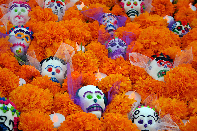 4043549578 3103b7e004 z Dia de los Muertos   Celebrating the Dead
