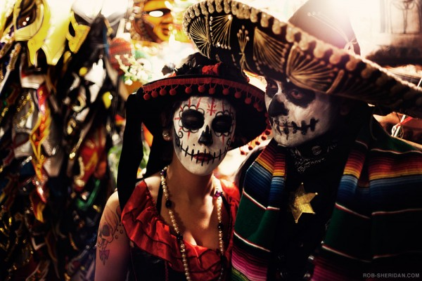 5149857180 6ee208ee4c b 600x400 Dia de los Muertos   Celebrating the Dead