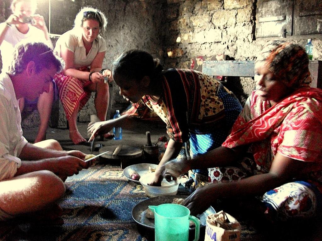 cooking 1024x767 Experiencing Kenya