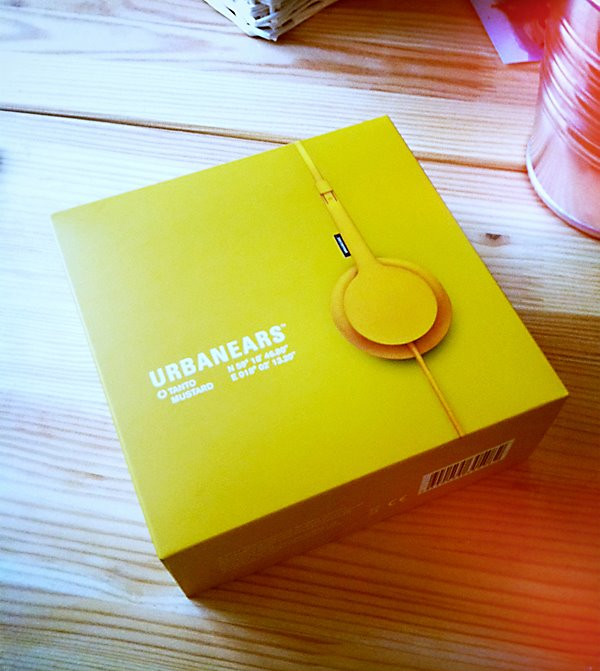 urbanears Win stuff and help kids in need at the Travelettes Christmas market