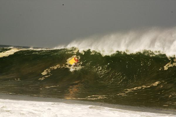 pe01 copy Puerto Escondido   Mexicos No. 1 surf spot