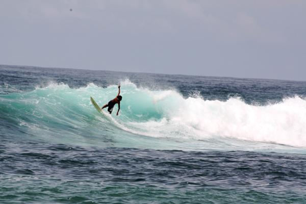 pe02 copy Puerto Escondido   Mexicos No. 1 surf spot