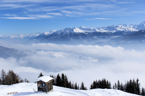 trav anzere panorama Above the clouds   Mountain Panoramas of Switzerland
