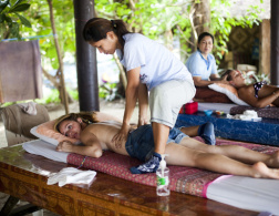 The Travelettes Guide to Thai Massage