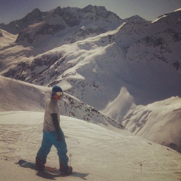 Snowboarding St Anton 600x600 Frankies 5 countries through Instagram