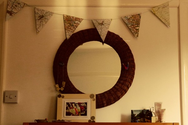 Map Bunting 600x399 DIY Sunday: Map Bunting
