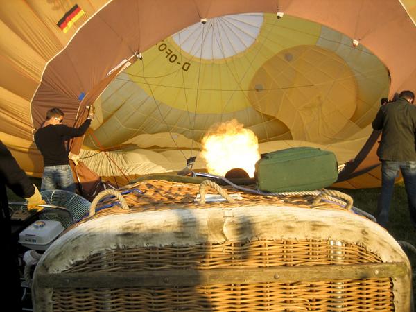 trav balloon06 Europes largest Hot Air Balloon Festival