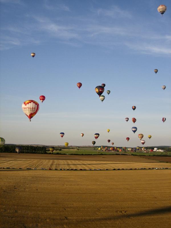 trav balloon12 Europes largest Hot Air Balloon Festival