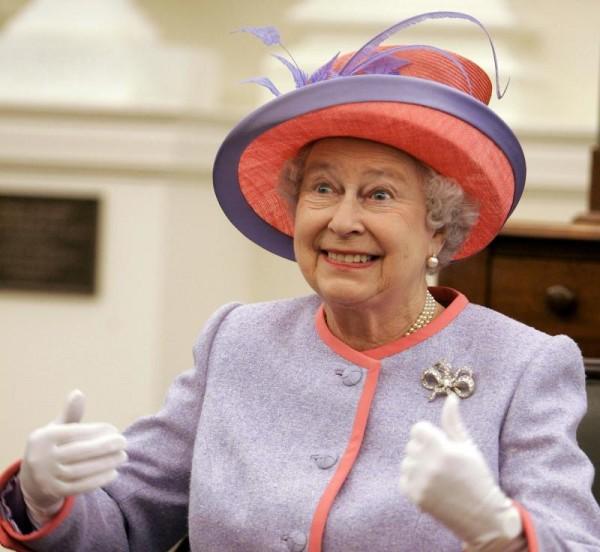 QUEEN ELIZABETH II 600x552 10 Reasons Why Britannia Rules