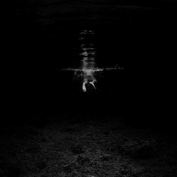 dark night swim 600x600 Through the eyes of... Hengki Koentjoro
