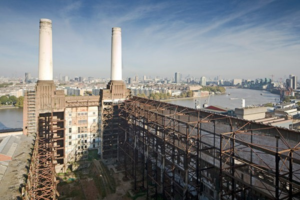 Battersea Power Station 013 600x400 London from the rooftops