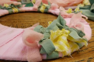 DIY Summer Wreath Fabric Scraps