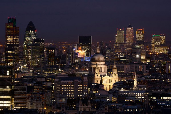 St Pauls at night 014 600x399 London from the rooftops