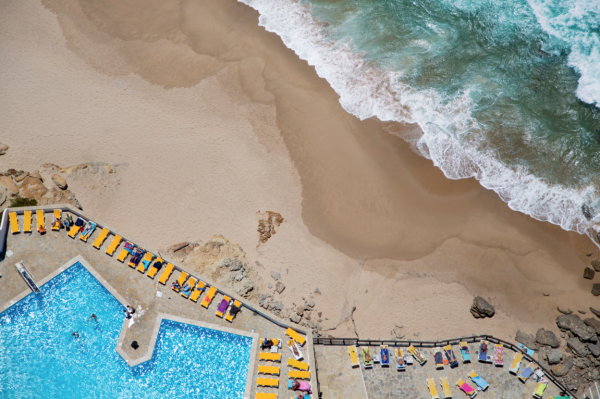 Lisbon Pool Beach 600x399 Beach Life   Aerial Photography by Gray Malin