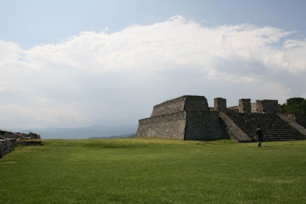 IMG 6055 600x400 The Ruins of Xochicalco, Mexico