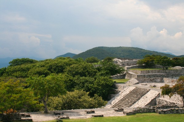 IMG 6094 600x400 The Ruins of Xochicalco, Mexico