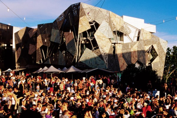 fed square 600x400 Top 12 Free Things to do in Melbourne