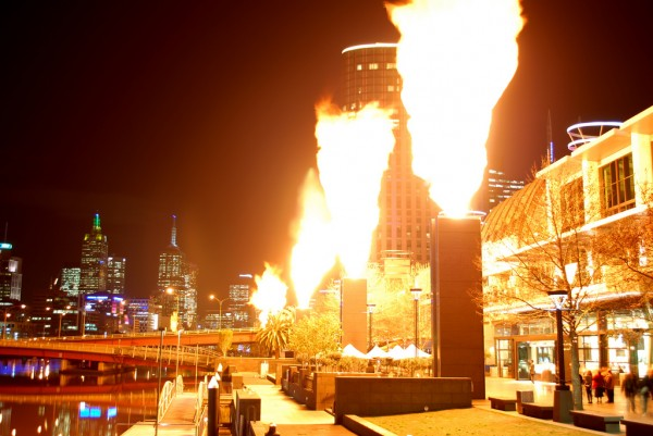 fire 600x401 Top 12 Free Things to do in Melbourne