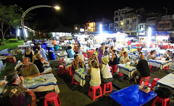 krabi nightmarket 600x368 Top 5 things to do on the Andaman Coast, Thailand