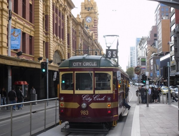 melbournes city circle tram 600x457 Top 12 Free Things to do in Melbourne