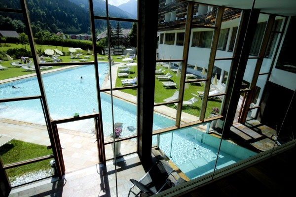 the pool and spa 600x400 Falkensteiner Hotels in Carinthia   an oasis for wellness and well being