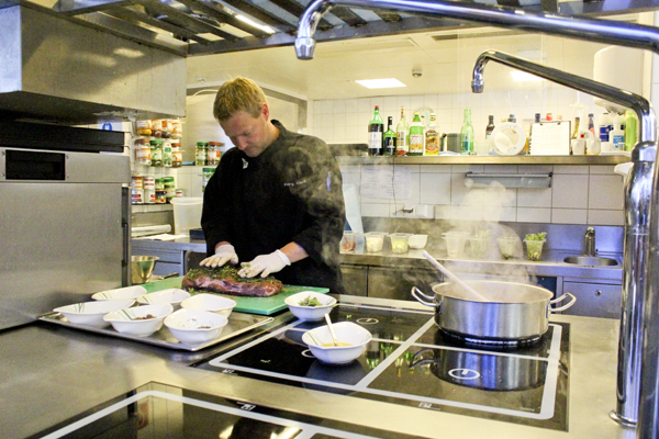 trav kitchen chef Falkensteiner Hotels in Carinthia   an oasis for wellness and well being