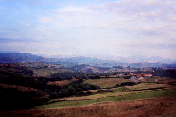 trav san vicente landscape San Vicente de la Barquera   surfing, cows and sunsets
