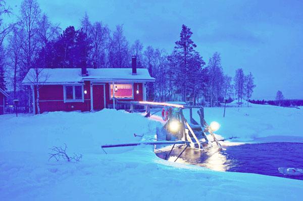 Sauna Ice dipping in Ylläs, Finnish Lapland