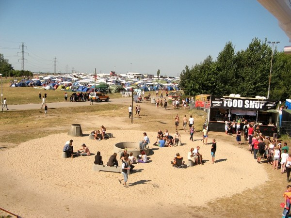 IMG 4977 600x450 Dance with somebody: Roskilde Festival in Denmark
