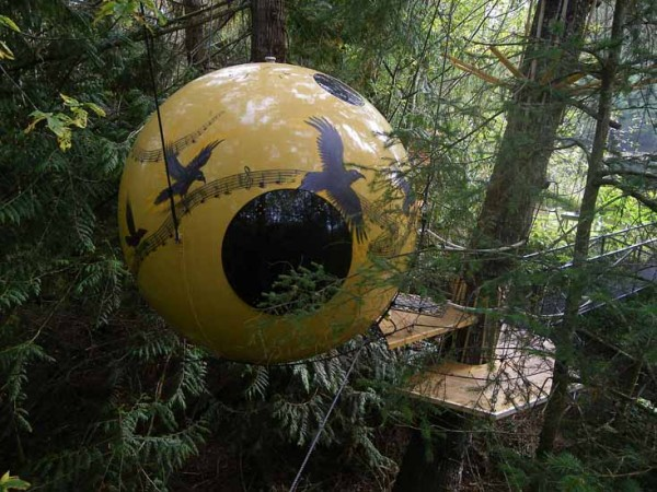 freespirit3 600x450 Sleeping in trees   Free Spirit Spheres