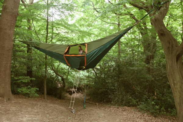 treehangingtent1. treehangingtent1. The Cliffhanger & Travelettes » » Letu0027s go camping u2013 awesome tents
